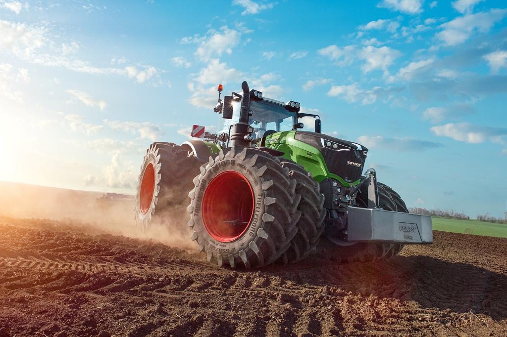 видео с тракторами - 7